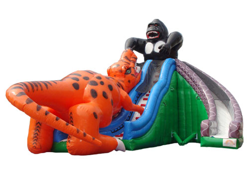 King Kong Fight with Dinosaur Giant Slide
